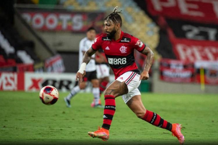 Flamengo encara a Portuguesa-RJ hoje, em jogo pelo Carioca 2021; você pode assistir à transmissão ao vivo pela TV e por pay-per-views (Foto: Alexandre Vidal/ Divulgação)