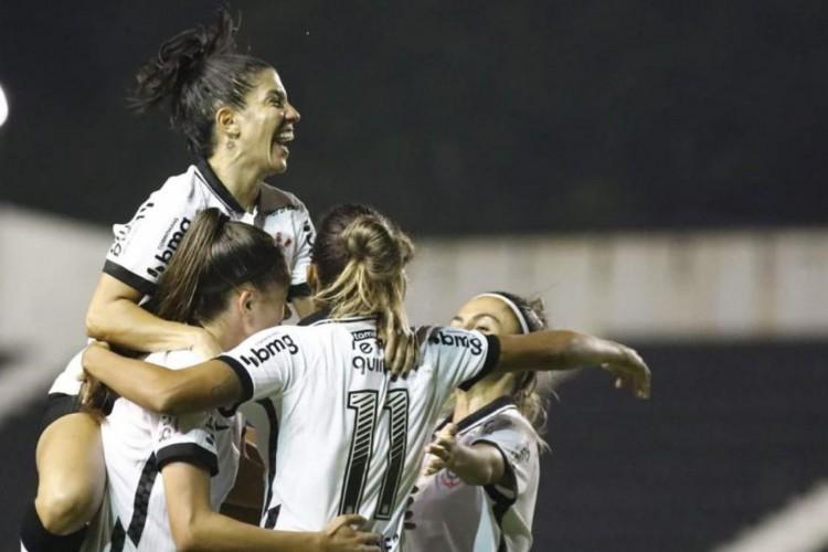 Atual campeão, Corinthians estreia com vitória no Brasileiro Feminino (Foto: )