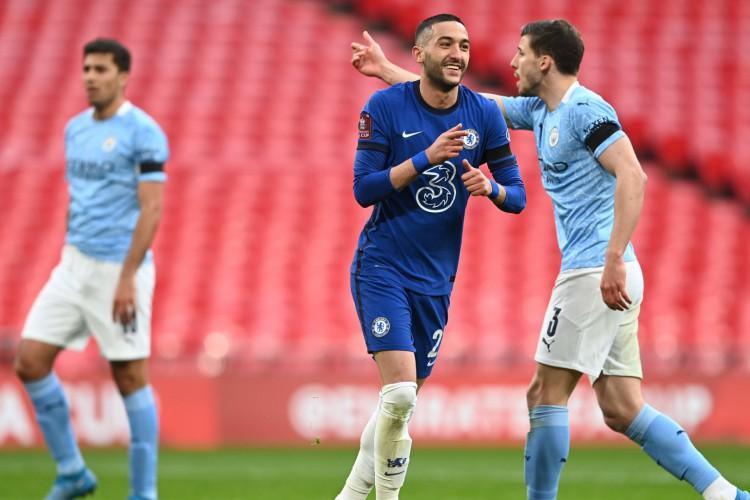 Ziyech comemora gol no jogo Chelsea x Manchester City, pela Copa da Inglaterra (Foto: Divulgação/Chelsea FC)