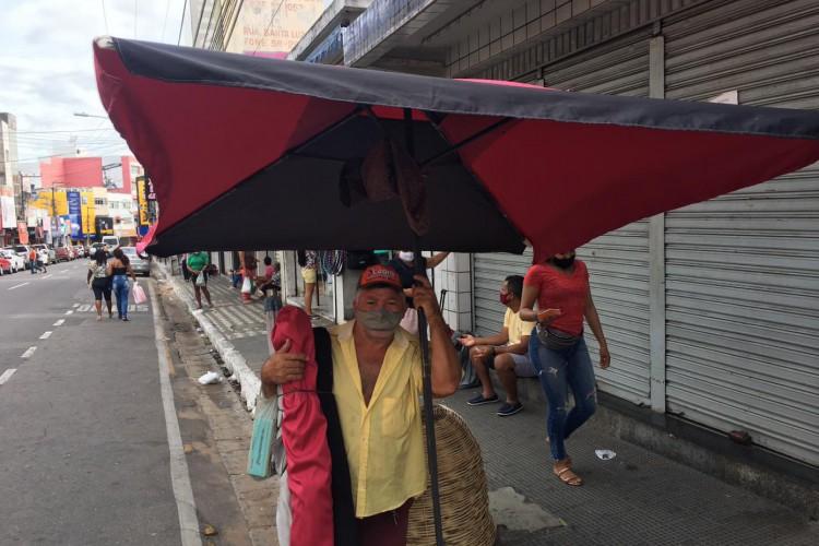 O horário de funcionamento do comércio de rua em Juazeiro do Norte foi ampliado. (Foto: Luciano Cesário)