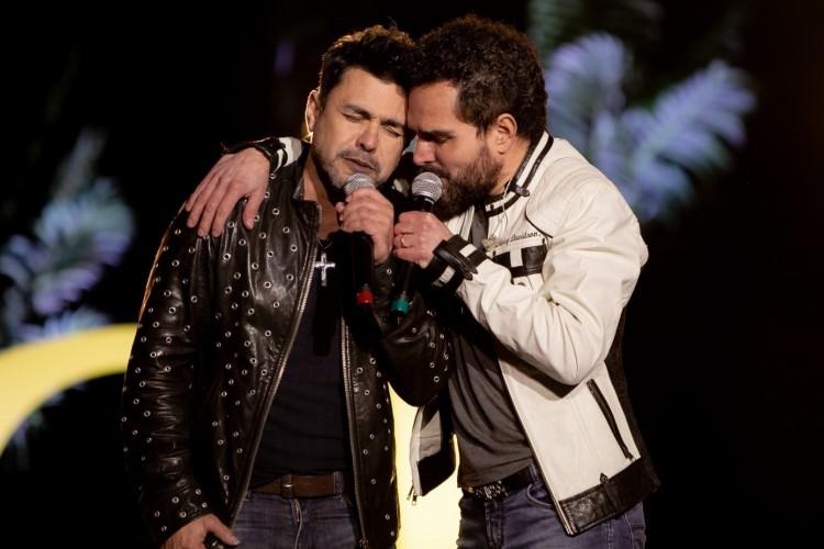 Zezé Di Camargo e Luciano comemoram 30 anos da música 'É O Amor' (Foto: Divulgação)