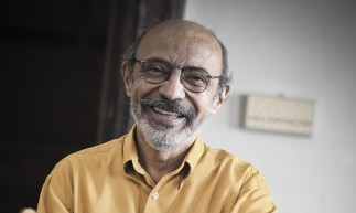FORTALEZA, CE, BRASIL, 10h30: O escritor Gilmar de Carvalho, que relana o livro