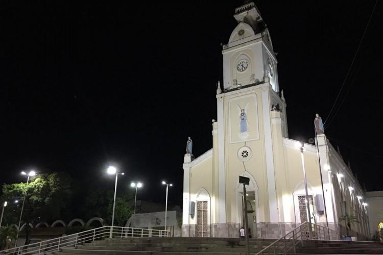 O suspeito foi capturado no bairro Salesiano, próximo ao centro de Juazeiro do Norte (Foto: Luciano Cesário)
