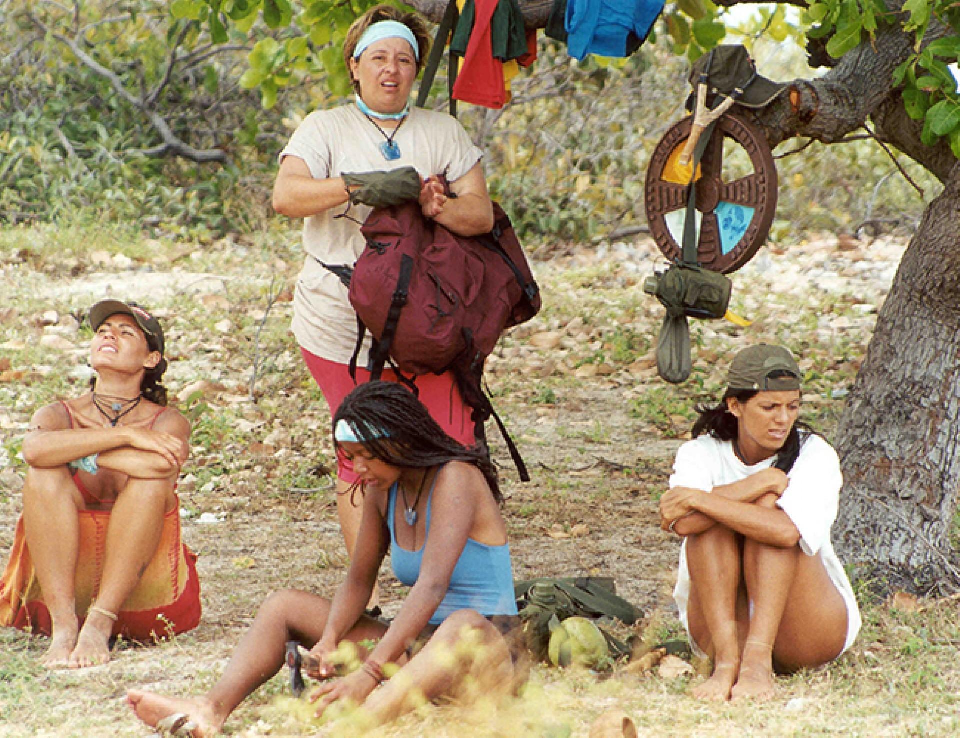 Dividido em tribos, os jogadores contam com a avaliação do público somente na final para definir o campeão.