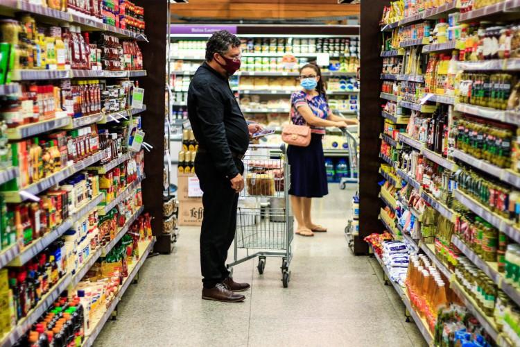 Maior responsável por dívidas dos consumidores de Fortaleza são gastos com alimentação, revela pesquisa (Foto: BARBARA MOIRA)