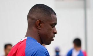 Zagueiro Marcelo Benevenuto em treino do Fortaleza no Centro de Excelência Alcides Santos, no Pici