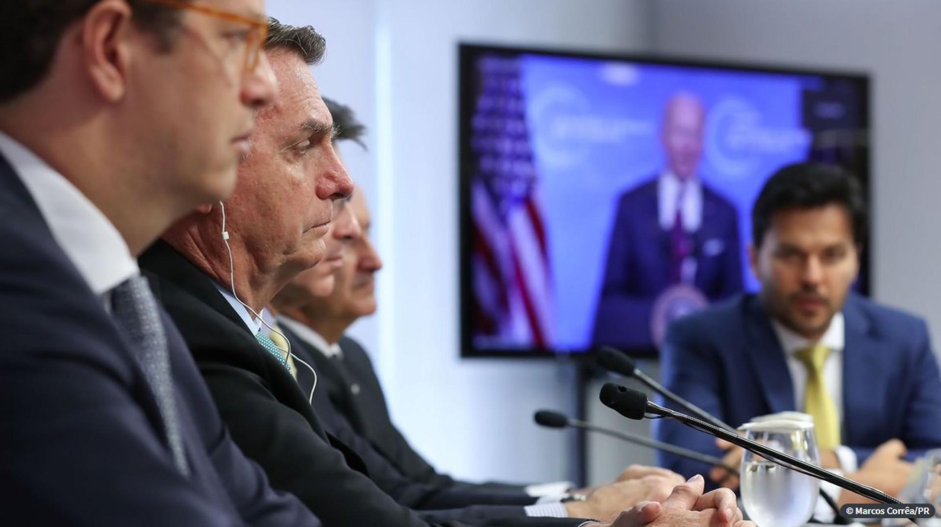 Bolsonaro promete fim das emissões de gases de efeito estufa até 2050