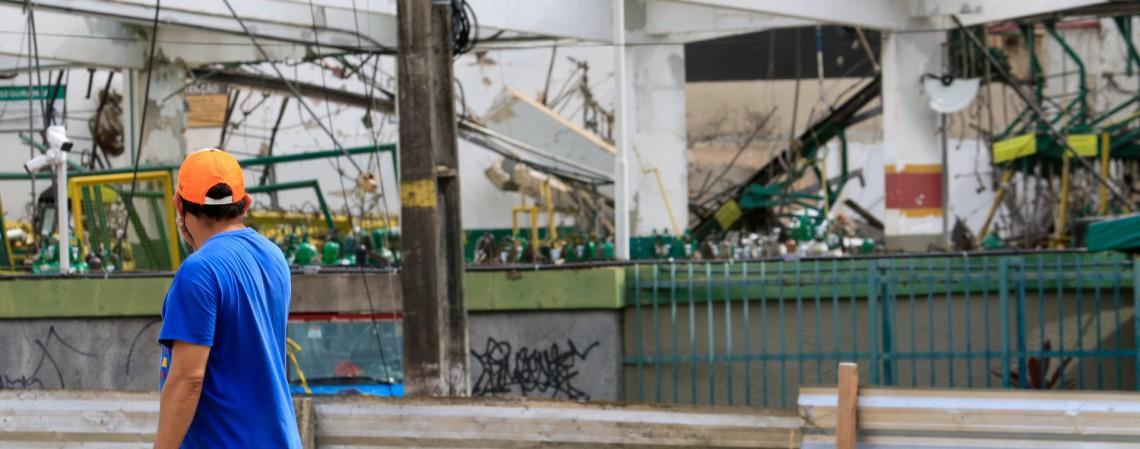 Explosão na fábrica White Martins, em Fortaleza, ocorreu na manhã deste sábado, 24 (Foto: BARBARA MOIRA/ O POVO)