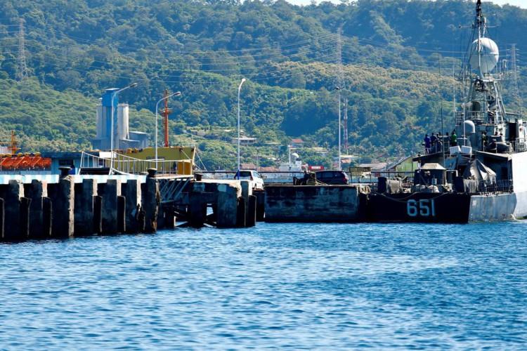 Encontrados objetos de submarino indonésio desaparecido (Foto: )