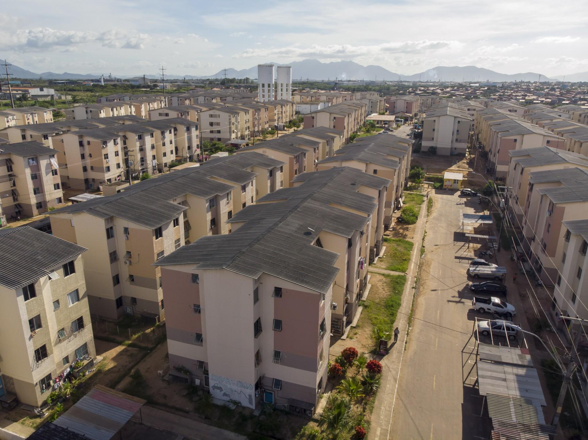 Objetivo da portaria é fornecer mais serviços, além da moradia, no programa de habitação (Foto: FCO FONTENELE)