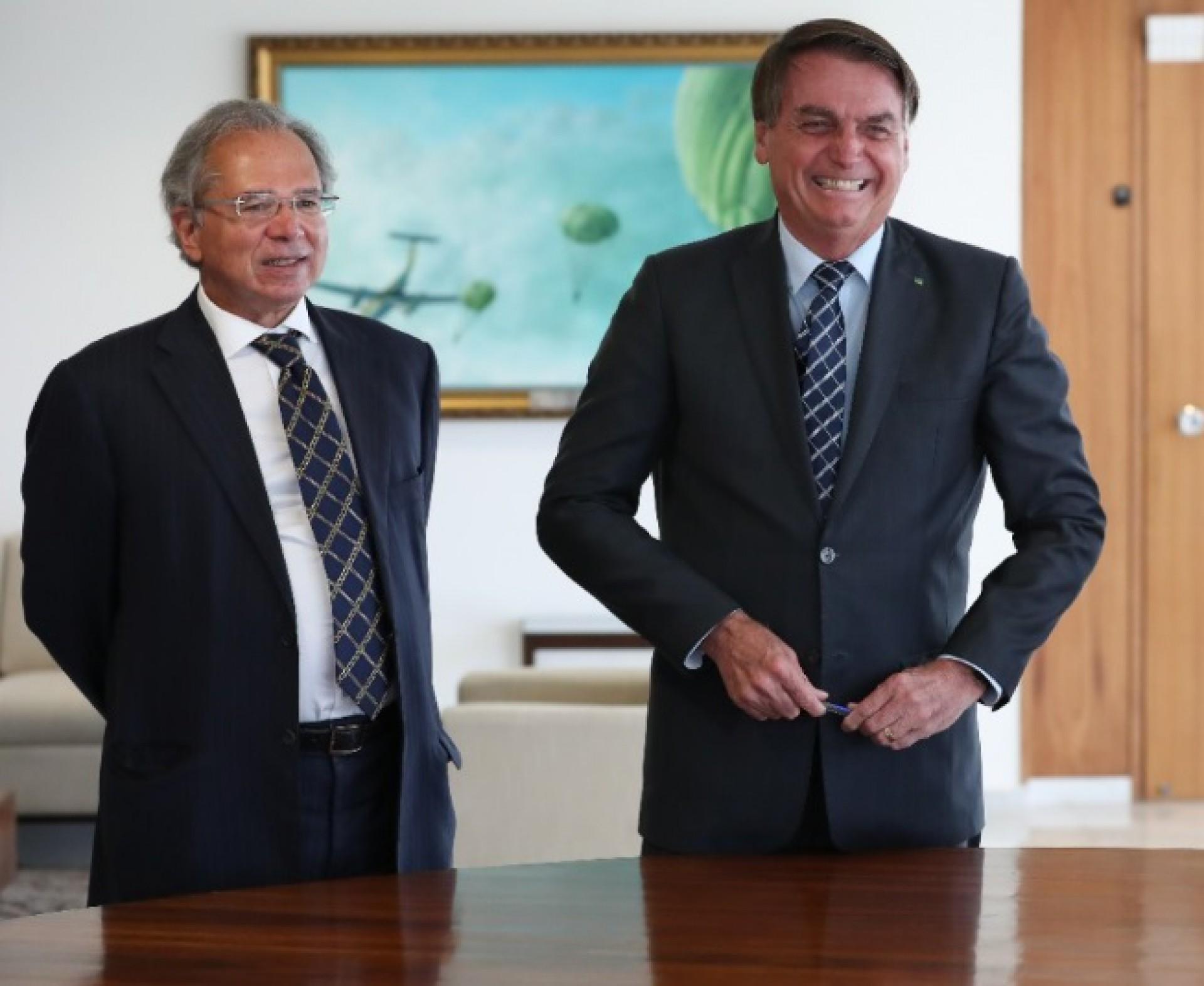Movimentações políticas de Bolsonaro retiram poder do ministério de Guedes (Foto: REPRODUÇÃO)