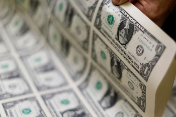 dólar (Foto: REUTERS/Gary Cameron)