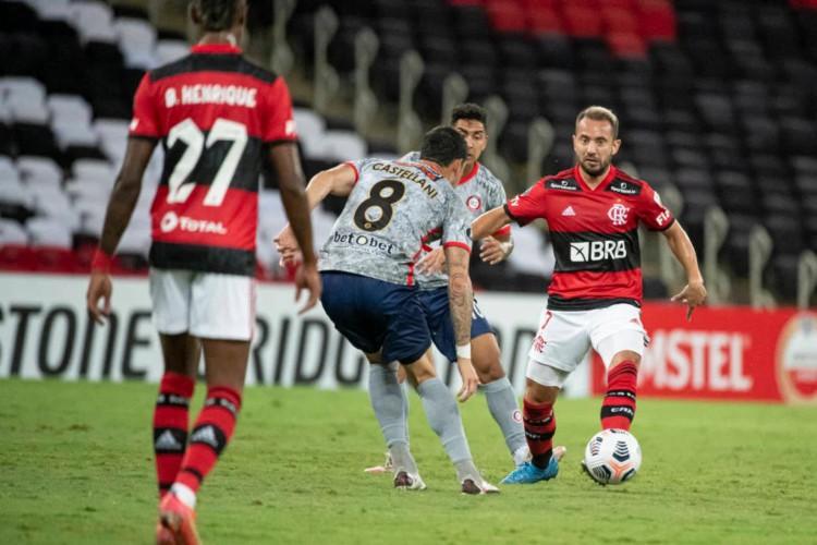 Flamengo mostrou a força ofensiva e aplicou uma goelada de 4 a 1 contra o Union La Calera (Foto: Alexandre Vidal / Flamengo)