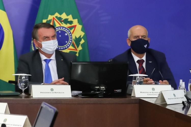 Presidente Jair Bolsonaro ao lado do ministro da Casa Civil Eduardo Ramos (Foto: Marcos Correa/PR)