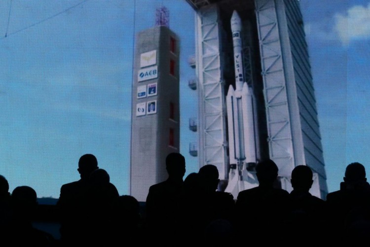 O presidente Jair Bolsonaro participa da divulgação das empresas selecionadas para operação do Centro Espacial de Alcântara. (Foto: Fabio Rodrigues Pozzebom/Agência Brasil)