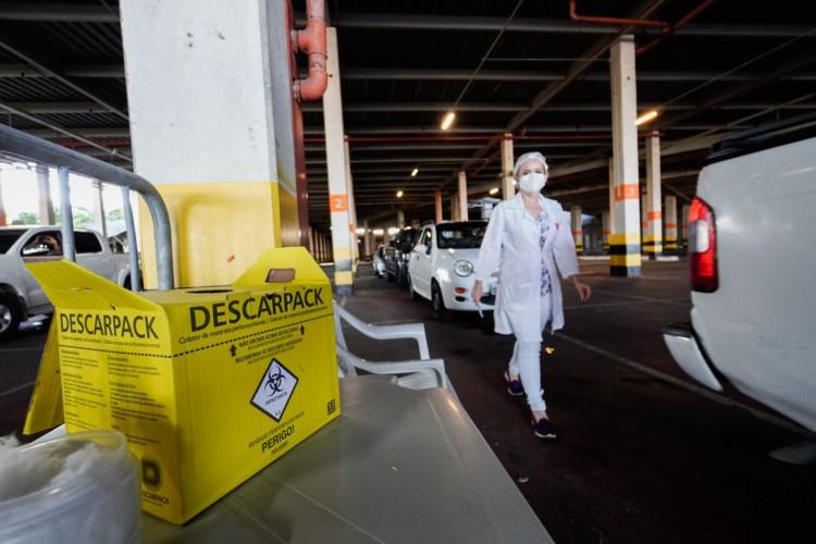 A Arena Castelão é um dos pontos de vacinação contra a Covid-19. (Foto: Julio Caesar)