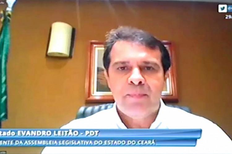 Presidente da Assembleia Evandro Leitão durante lançamento do programa Pacto Ceará contra a Fome (Foto: Edson Júnio Pio/Assembleia )