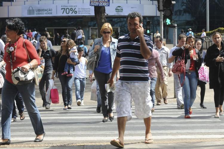 IBGE estima que desempregados no Brasil são 14,4 milhões (Foto: WILSON DIAS-ABR)