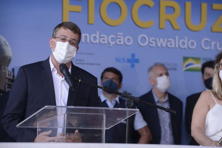 O secretário municipal de saúde, Daniel Soranz durante evento que marcou a liberação das vacinas de Oxford/AstraZeneca para serem entregues ao Ministério da Saúde e distribuídas no Brasil. (Foto: Tomaz Silva/Agência Brasil)