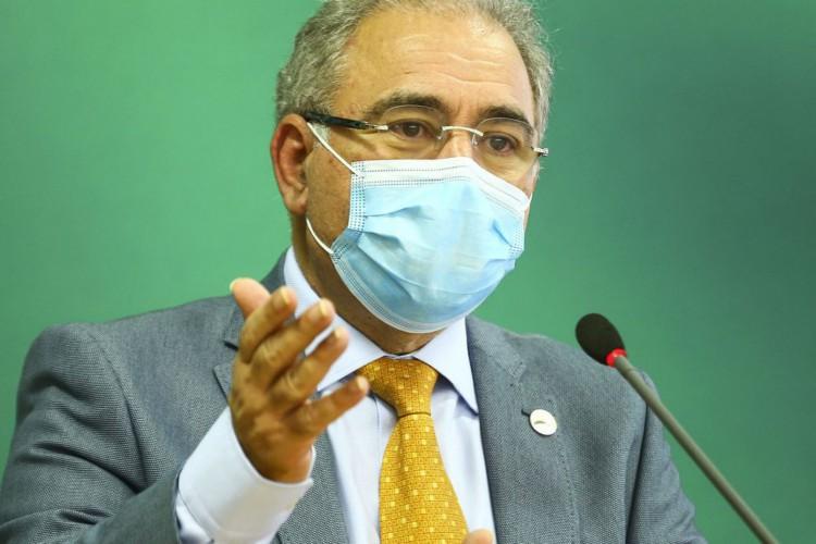O ministro da Saúde, Marcelo Queiroga, durante declaração após reunião do Comitê de Coordenação Nacional para Enfrentamento da Pandemia da Covid-19, no Palácio do Planalto. (Foto: Marcelo Camargo/Agência Brasil)