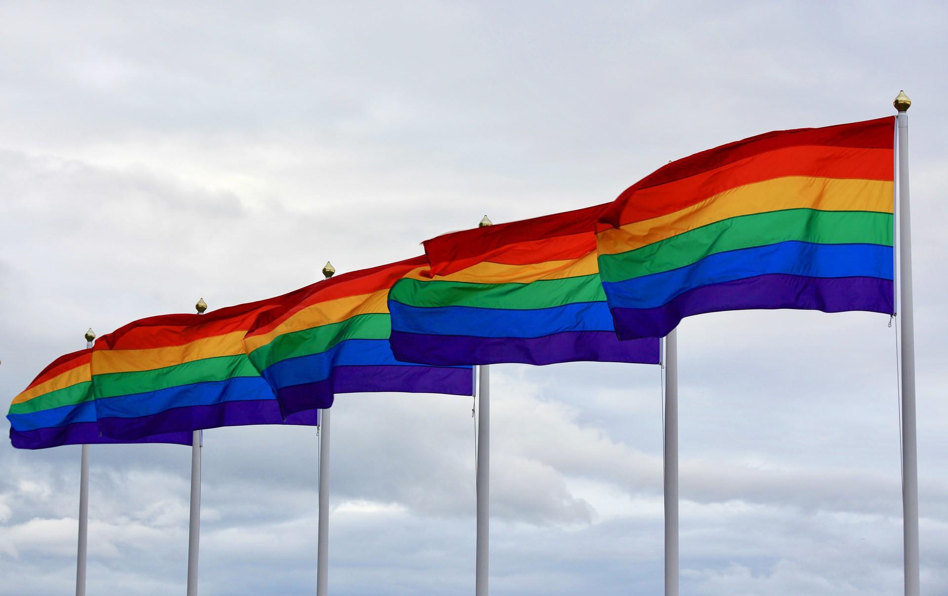 Não é o LGBT que se afasta dos estádios, é o ambiente homofóbico que o afasta