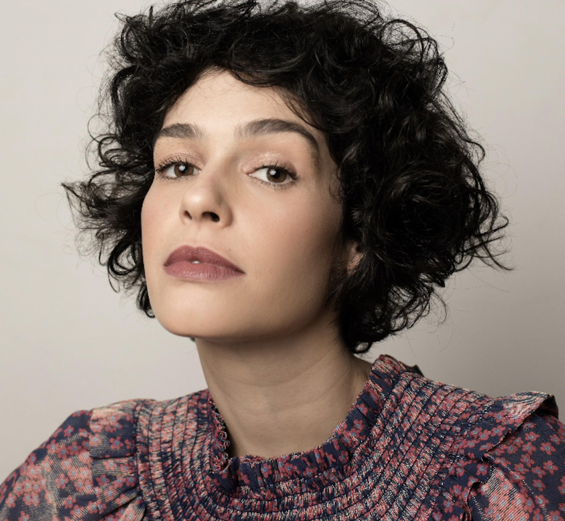 Maria Flor é atriz, roteirista, diretora e agora escritora (Foto: Divulgação/Jorge Bispo)