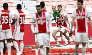 Os brasileiros David Neres e Anthony foram um dos destaques do Ajax na conquista do título