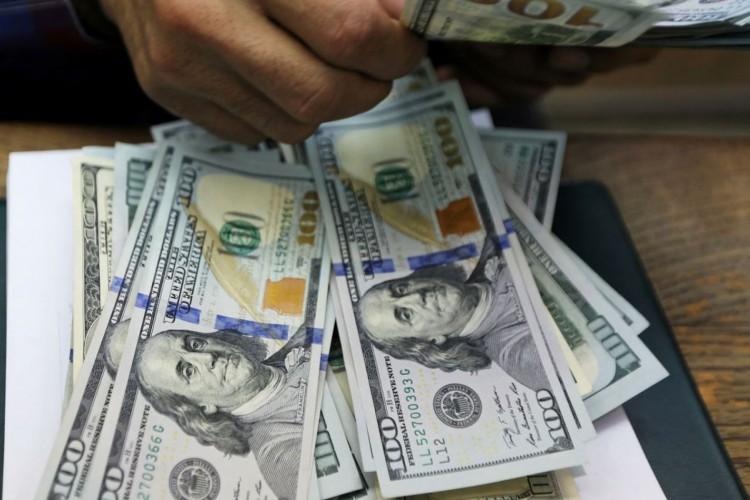 dólar (Foto: REUTERS/Mohamed Abd El Ghany)