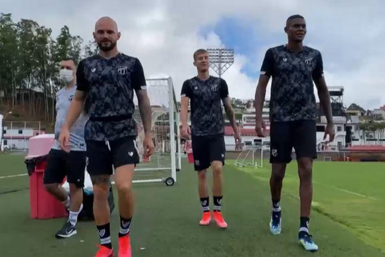 Marlon, Charles e Cléber participaram de treinamento nesta segunda-feira, 3, no CT do Vitória (Foto: ASSESSORIA DO CEARÁ)