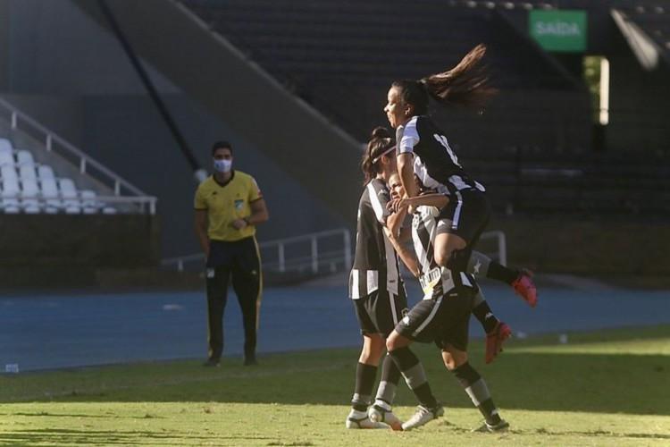 Brasileiro Feminino: Botafogo vence Napoli em revanche (Foto: )