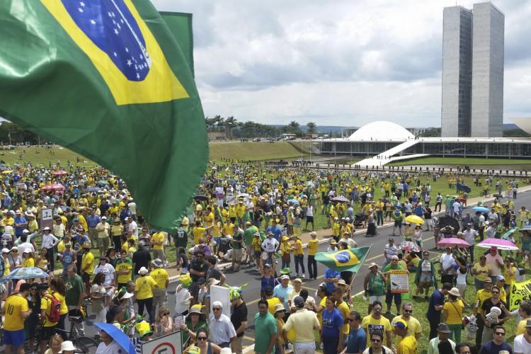 Movimento Brasil Verde e Amarelo marcou protesto para o próximo dia 15 de maio (Foto: Valter Campanato/Agência Brasil)