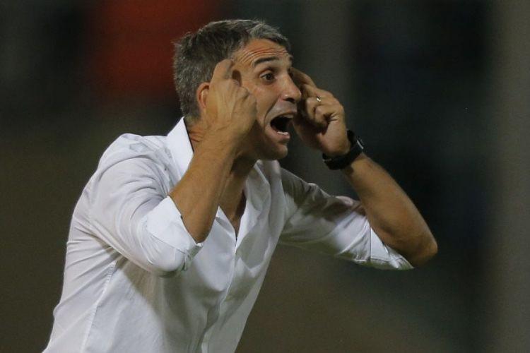 Juan Pablo Vojvoda, técnico argentino, é alvo do Fortaleza (Foto: AFP)