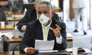 Eduardo Girão fez questionamentos ao ex-ministro da Saúde, Nelson Teich, acerca da realização do tratamento precoce.