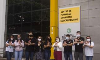 Presencialmente, os serviços podem ser solicitados no bairro Papicu, em Fortaleza.