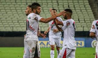 Ferrão contou com dois golaços dos três marcados no Castelão