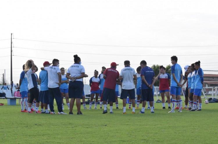Equipe feminina do Fortaleza em preparação para a disputa do Brasileirão Feminino Série A2, que também terá a participação do Ceará