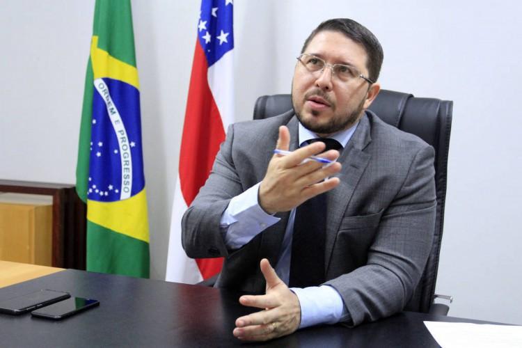 Carlos Almeida Filho, vice-governador do Amazonas  (Foto: Reprodução Folha de São Paulo)