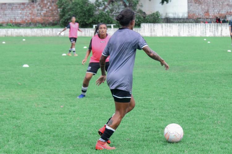Equipe feminina do Ceará se prepara para a disputa do Brasileirão Feminino Série A2, que também terá participação do Fortaleza (Foto: Jessica Luana/cearasc.com)