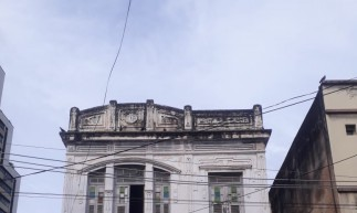 O prédio é localizado na rua Sena Madureira