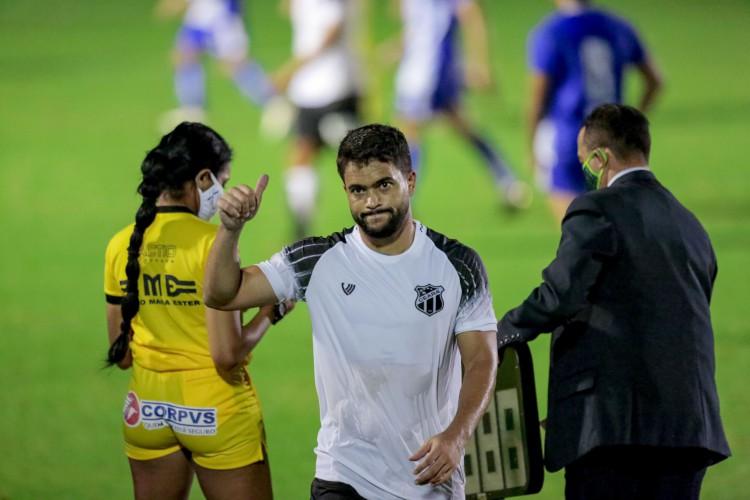 Felipe Baxola é alvo da Chapecoense para a disputa do Brasileirão 2021 (Foto: JÚLIO CAESAR)