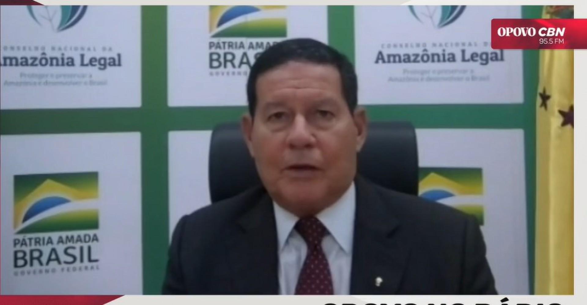 Vice-presidente do Brasil Hamilton Mourão participada de entrevista na rádio O POVO CBN nesta sexta