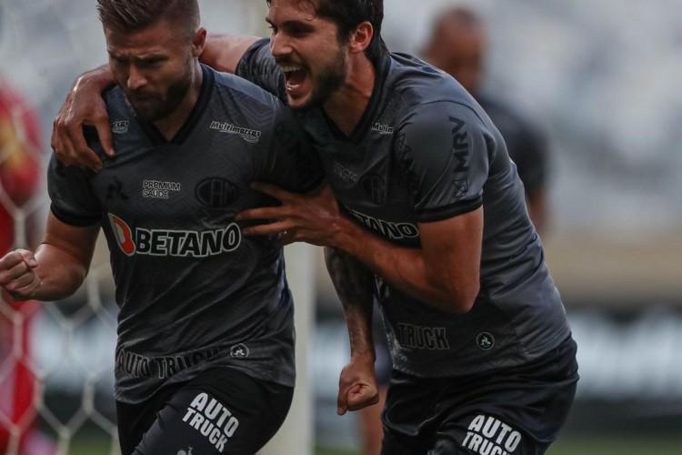 Atlético empata com Tombense e vai à 15ª final consecutiva no Mineiro (Foto: BRUNO CANTINI)