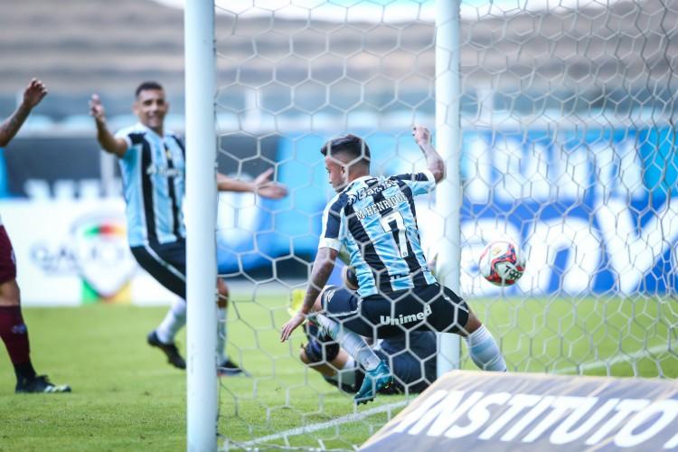 Volante Matheus Henrique comemora gol no jogo Grêmio x Caxias, na Arena do Grêmio, pelo Campeonato Gaúcho (Foto: Lucas Uebel/Gremio FBPA)