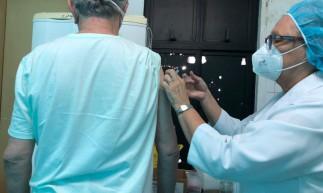 Começou hoje a segunda fase da vacinação contra a gripe, com foco em idosos e professores
