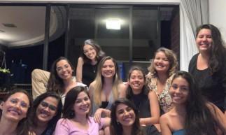 Equipe da Associação Marta, composta por psicólogas e advogadas, que prestam serviços de escuta solidária e assistência jurídica de forma gratuita e online à mulheres vítimas de violência. Foto tirada antes do início da pandemia.