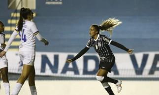 Brasileiro Feminino: Corinthians goleia São José por 8 a 2
