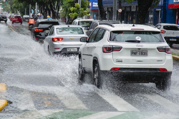 Em média, as precipitações são de 37,5 milímetros em junho. Neste ano, foram registrados 16,5 (Foto: Aurelio Alves)