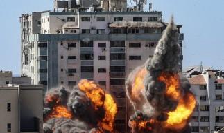 Neste sábado, 15, ataque israelense destruiu prédio na Cidade de Gaza que abrigava escritórios de veículos de comunicação internacionais, como AFP e Al Jazeera