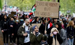 Manifestação pró-palestinos em Londres neste sábado, 15.