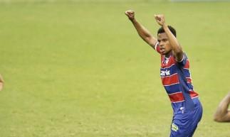 Jussa foi autor do segundo gol do Fortaleza diante do Ceará no Clássico-Rei válido pelo Campeonato Cearense.